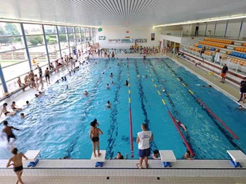 Piscines limoges abri piscine gustave rideau ambiance for Cash piscine ales