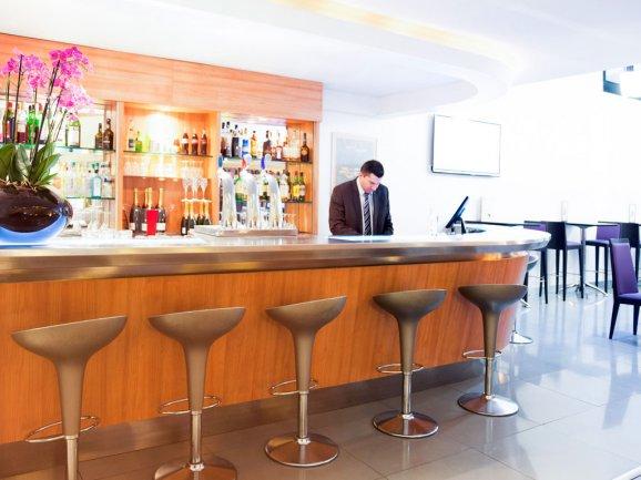Autres lieux proximit de tourisme dans les hauts de seine - 7 rue du port aux vins 92150 suresnes ...