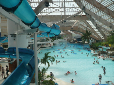 Aquaboulevard centre aquatique paris 15 me for Piscine 75015