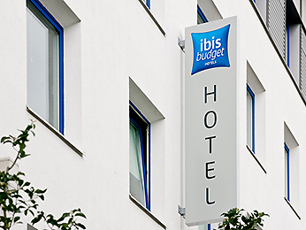 Ibis Budget Courbevoie Paris La Défense